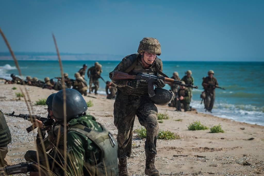 Порошенко: українська армія – одна з найефективніших у Європі